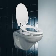 siège toilette surélevé abattant de toilette surélevé dania pressalit care pressalit