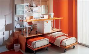 lit gigogne avec bureau bureau en plaqué bois contemporain avec lit gigogne pour