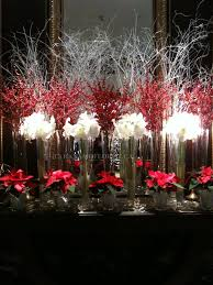 Elegant Red And White Christmas Decorations by Best 25 Christmas Floral Designs Ideas On Pinterest Christmas