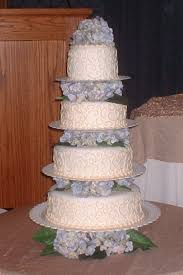 wilton wedding cake servings per tier wilton baking and serving
