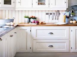 white kitchen cabinets with black hardware oil rubbed bronze hardware for kitchen cabinets white shaker