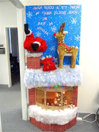 Christmas Door Decorating Contest Slideshow DMA Homes