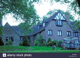 Building A House In Ct Modern Tudor House In Connecticut New England Stock Photo