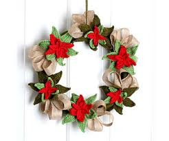 ravelry poinsettia wreath pattern by shliazhko