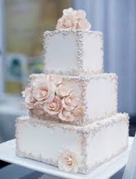 square wedding cakes square wedding cakes are a trend this year and many couples