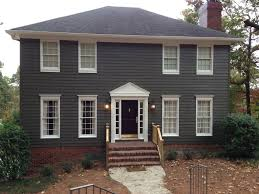saltbox style home curb appeal before u0026 after arc realty