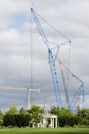 world u0027s largest mobile crane the lampson ltl 2600 working on