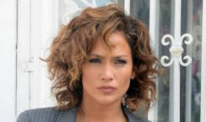 jlo hairstyle 2015 jennifer lopez is the business as she turns detective in new tv