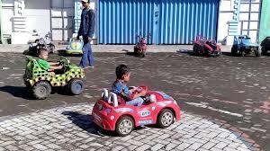 mobil balap keren balapan mobil anak kecil keren racer kids youtube