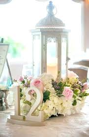 lantern centerpieces for weddings lanterns with flowers centerpieces fabulous lanterns for wedding