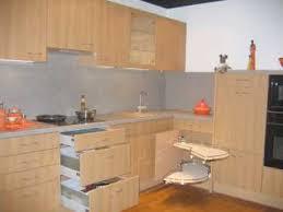 cuisine equipement equipement cuisine cuisine contemporaine en u meubles rangement