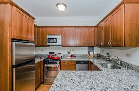 Three Bedroom Apartments In Chicago The Patricians Apartments In Chicago Il