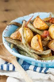 Bacon Main Dishes - bacon roasted green beans and potatoes mamagourmand