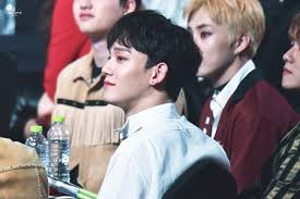 new hairstyle exo ls are going crazy over chen u0027s brand new hairstyle u2014 koreaboo
