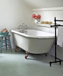 Clawfoot Tubs And Clawfoot Tub Faucets For Your Dream Bathroom Clawfoot Tub Enclosure Shower Kit Vintage Tub U0026 Bath