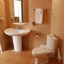 ideas simple bathroom decorating captivating simple bathroom decorating ideas decor crafty on