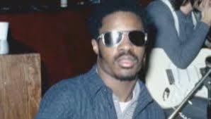Stevie Wonder Why Is He Blind Stevie Wonder Singer Songwriter Pianist Music Producer