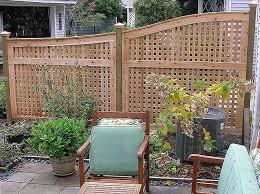 Backyard Privacy Fence Ideas Beautiful Patio Privacy Fence Ideas 1000 Ideas About Lattice Fence