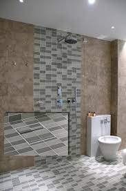 dusche bodengleich fliesen bodenebene dusche im bad einbauen