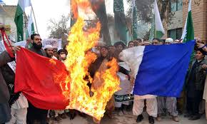 Flag Burning Protest Thousands Rally In Anti Charlie Hebdo Protests In Pakistan