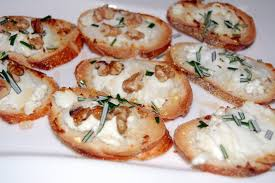 eat what s on your plate thanksgiving appetizers goat cheese crisps