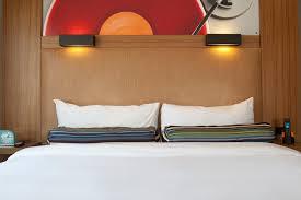 Ultra King Bed Chapel Hill Accommodations Aloft Chapel Hill