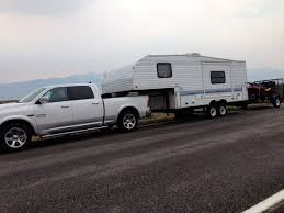 Dodge Ram 8500 - 5th wheel towing report with doubles