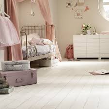 White Wood Effect Laminate Flooring The Colour Lab Winter White Carpetright Info Centre