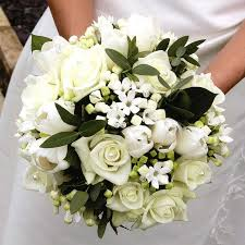 wedding flowers hertfordshire carole smith creative floral designer hertfordshire wedding florist