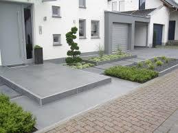 Gartengestaltung Mit Steinen Und Grsern Modern Gestaltungsideen Fr Den Vorgarten Hochbeete Pflanzkbel Garten