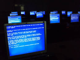 file windows blue screen on room full of computers jpg wikimedia