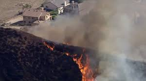 Wildfire Credit Union Hours by Firefighters Battle Fast Moving Blaze In Lake View Terrace La Times