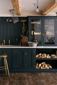 paint kitchen cabinets black best 25 antiqued kitchen cabinets ideas on pinterest antique