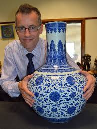 chinese vase appraisal chinese vase sells for 150k antique collecting magazine