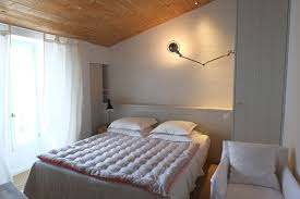 hotel ile de avec dans la chambre location chambre de caractère hôtel de charme le sénéchal