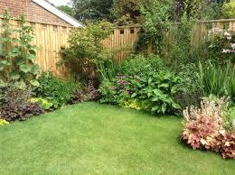 small urban garden for an family accent garden designs