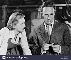 bette davis and leslie howard in u0027the petrified forest u0027 1936