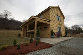 tiny houses on foundations virginia family featured on u0027tiny house nation u0027 entertainment