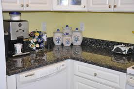 100 paint color to go with blue pearl granite black