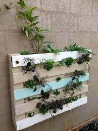 Pallet Garden Wall by Pallet Herb Garden Is The Solution For Limited Space
