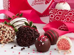 chocolate covered strawberries where to buy this company s chocolate covered strawberries make a great last