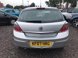 vauxhall astra 2001 used vauxhall astra sxi for sale rac cars
