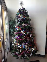 foil shreds 5 last minute strategies for perfecting your christmas tree the