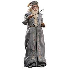 collectibles vinyl scale figurines props statues thinkgeek