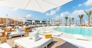Bedroom Beach Club Bulgaria αποτέλεσμα εικόνας για Zhero Beach Club Beach Bars Pinterest