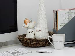 Xmas Office Decorations Simple Christmas Decorating Ideas For Your Office
