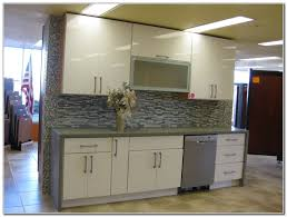 refacing thermofoil kitchen cabinets lovely home kitchens
