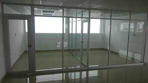 2 panel glass floor to ceiling partition teilen