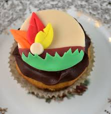 sweetology thanksgiving head dress cupcake november cake