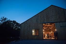 Barn Weddings In Maine Barn Wedding Venue Maple Rock Farm